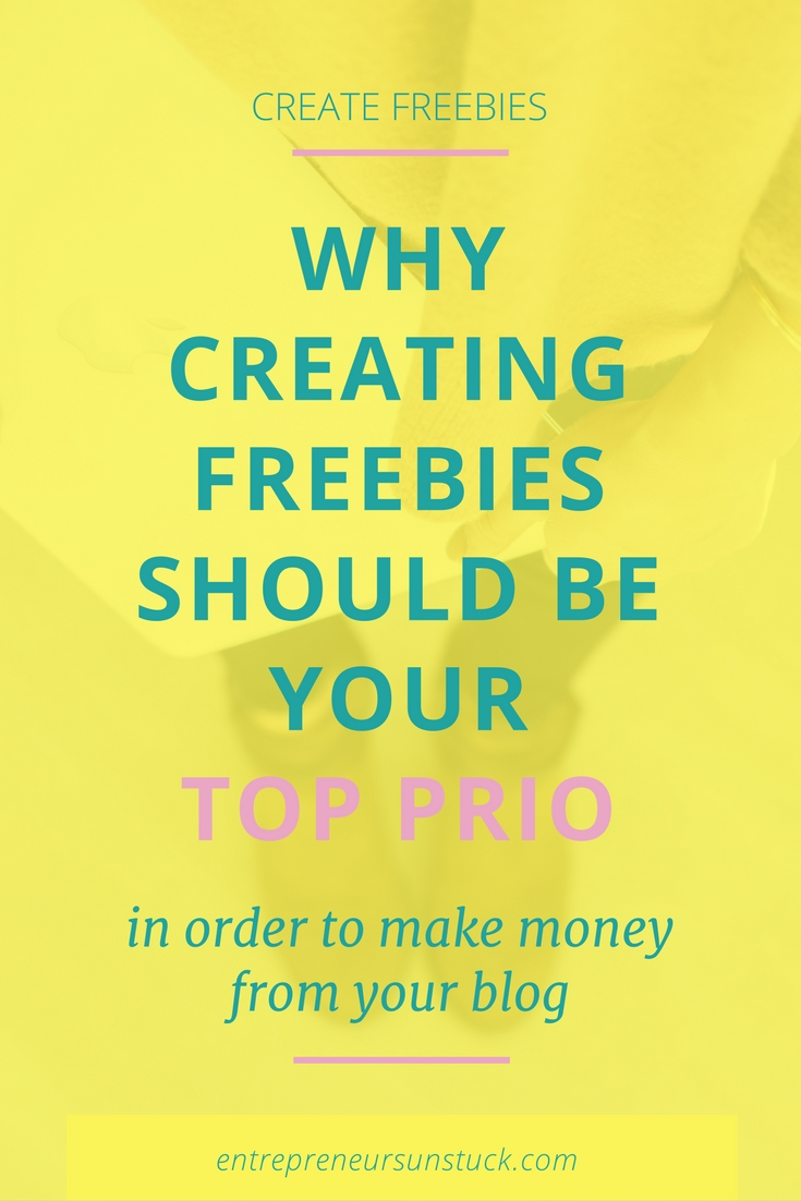 Are you struggling to decide how much effort and value to put into your freebies, lead magnets, content upgrades? Here's how to best use your freebies to boost your blog monetization!